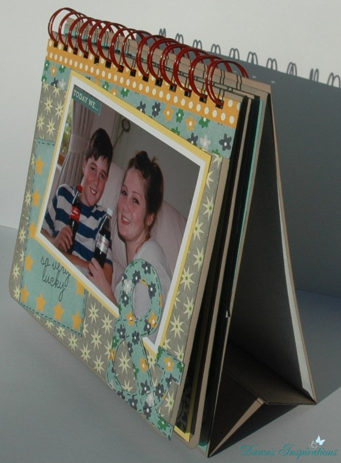 Desktop Flip Style Mini Scrapbook Album